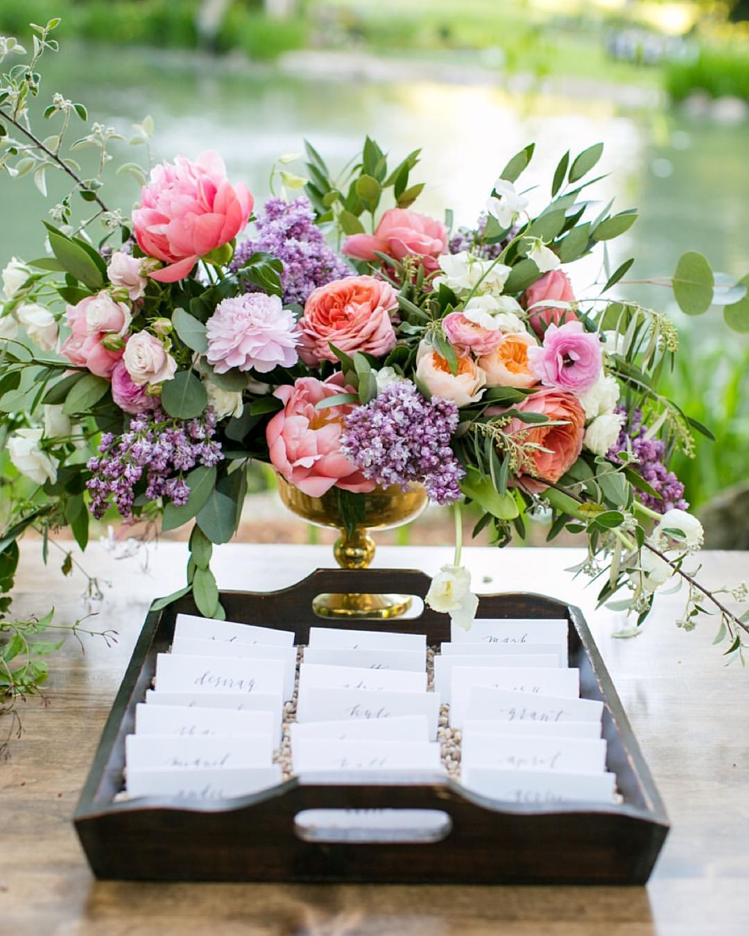 13 Unique Escort Card Display Ideas To Wow Your Guests