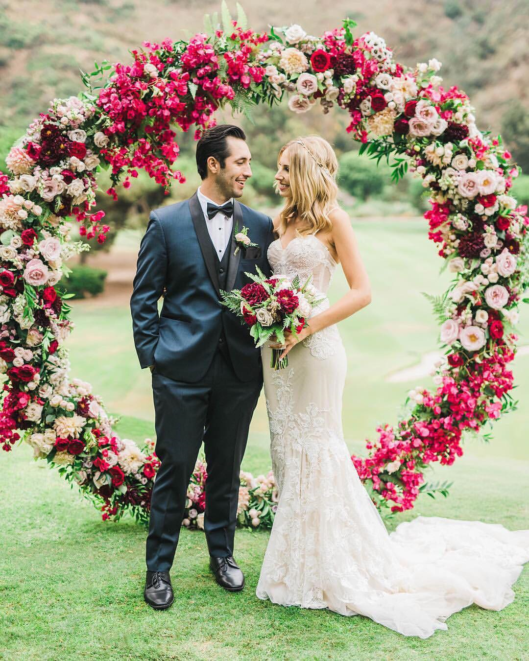 Flower Arch For Wedding: 5 Unique And Personalized Wedding Arch Ideas