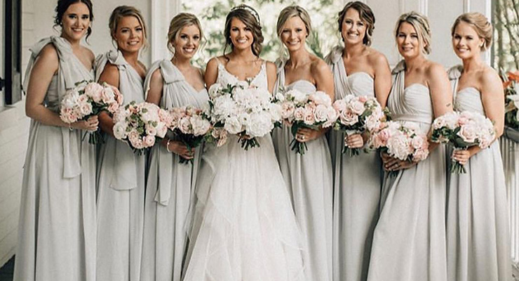 Bridesmaid Dresses Be in the Same Color