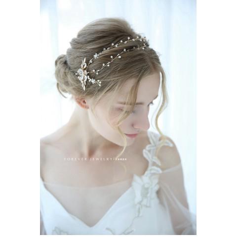 Elegant  Flower Shaped Rhinestone Hair Clasp
